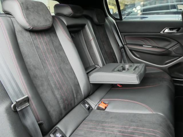 GT ブルーHDi クリーンディーゼルターボ 8速AT 新車保証継承 純正ナビTV ETC 自動ハイビームLEDライト アクティブクルコン レーンキープアシスト ブラインドスポットモニター 後カメラ 前後ソナー(4枚目)