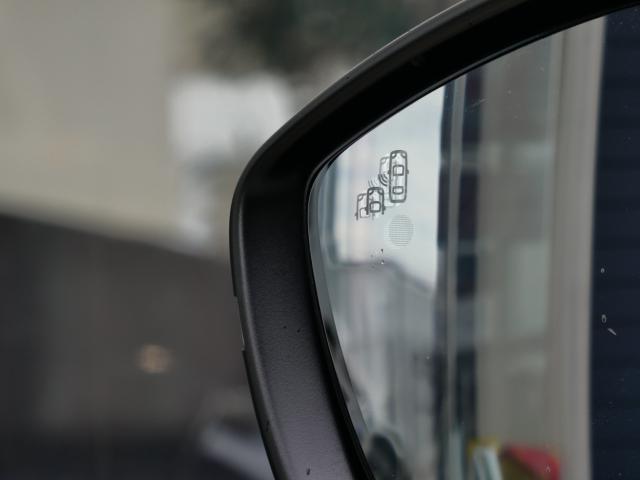 GT ブルーHDi クリーンディーゼルターボ 8速AT 新車保証継承 純正ナビTV ETC 自動ハイビームLEDライト アクティブクルコン レーンキープアシスト ブラインドスポットモニター 後カメラ 前後ソナー(16枚目)