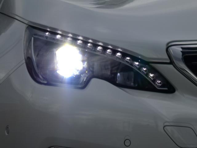 GT ブルーHDi クリーンディーゼルターボ 8速AT 新車保証継承 純正ナビTV ETC 自動ハイビームLEDライト アクティブクルコン レーンキープアシスト ブラインドスポットモニター 後カメラ 前後ソナー(17枚目)