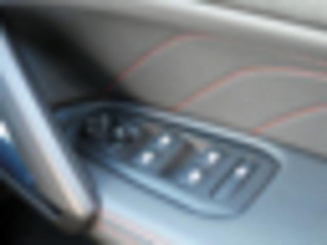 GTライン 新車保証継承 フルLEDライト 純正ナビ ETC(16枚目)