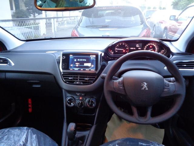 Style 5MT 登録済未使用車 新車保証継承(6枚目)