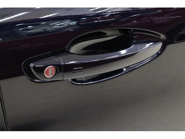 テックパックエディション ブルーHDi 禁煙車 1オーナー 認定中古車 特別仕様車 TEPレザーアルカンターラシート Bカメラ ETC スマートキー アルミ クリアランスソナー アクティブブラインドモニター パークアシスト アルミペダル(18枚目)