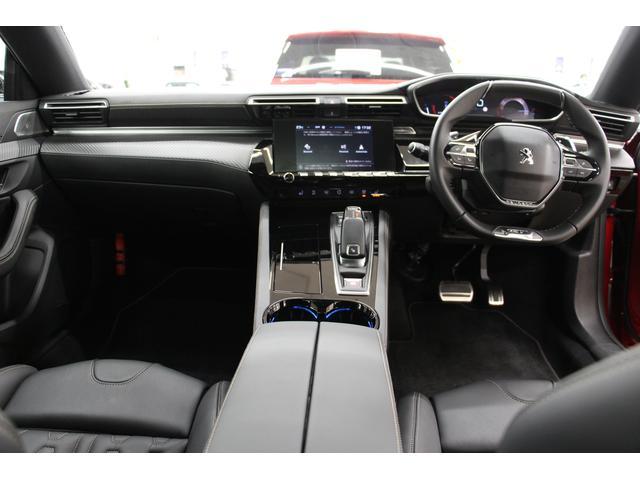 GT ブルーHDi フルPKG/1オーナー/禁煙車/ACC/衝突軽減B/サンルーフ/黒革S/ナイトピジョン/シートH/Pシート/マッサージ機能/フロントバックカメラ/パノラマビュー/Pゲート/LEDヘッドライト(4枚目)