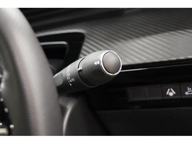 GT ブルーHDi フルPKG/1オーナー/禁煙車/ACC/衝突軽減B/サンルーフ/黒革S/ナイトピジョン/シートH/Pシート/マッサージ機能/フロントバックカメラ/パノラマビュー/Pゲート/LEDヘッドライト(52枚目)