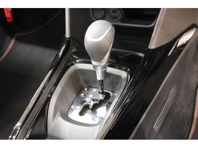 GTライン 禁煙車/認定中古車/衝突軽減B/ナビTV/ハーフ革S/ETC/ガラスルーフ/クリアランスソナー/アルミ/アイドリングストップ/クルコン/オートライト/Bluetoothオーディオ/ハンズフリー通話(28枚目)
