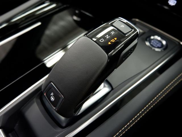 SW GT ブルーHDi 新車保証継承 元試乗車 サンルーフ 純正ナビ ETC付(28枚目)