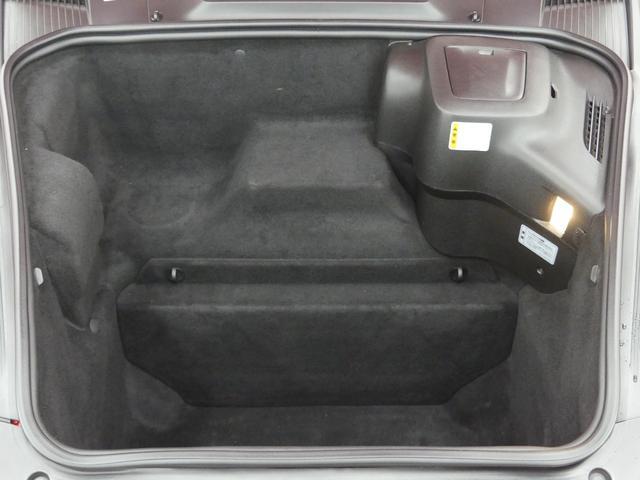ベースグレード LIMITED50 19インチAW キャメルレザーシート ミラー型レーダー探知機 カロッツェリアナビ HIDヘッドライト 革巻きハンドル ETC 純正フロアマット  キーレス ディーラー車 禁煙車(10枚目)