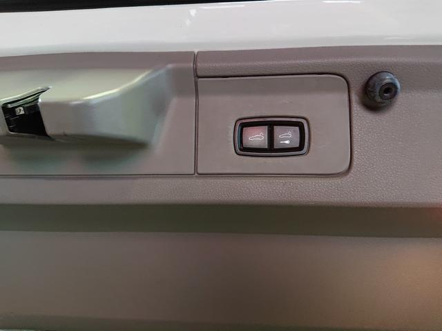 S 革シート ナビ フルセグTV MTモード 正規D車(9枚目)