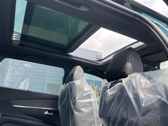 GTライン ブルーHDi サンルーフ 登録済未使用車 特別仕様車 新車保証継承 カープレイ&アンドロイドオート(6枚目)