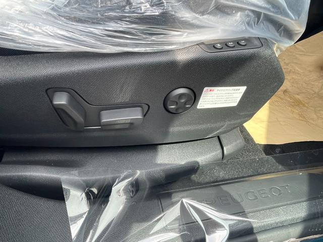 GTライン ブルーHDi サンルーフ 登録済未使用車 特別仕様車 新車保証継承 カープレイ&アンドロイドオート(7枚目)