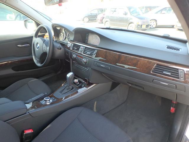 BMW BMW 325i 左ハンドル HDDナビ TV ETC