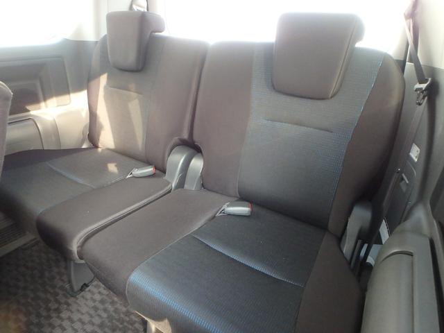 トヨタ ヴォクシー ZS後席モニター両側パワスラ禁煙車HDDナビETC地デジTV