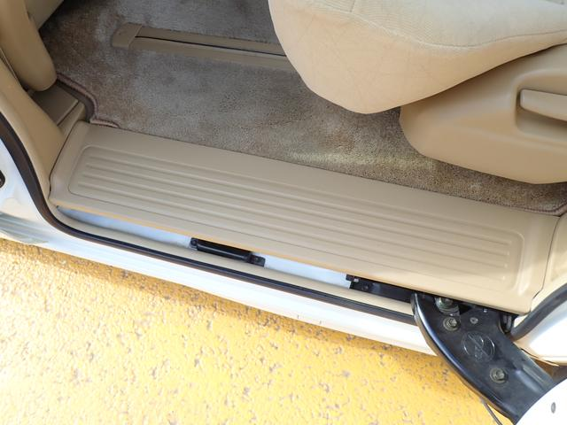 G パワースライドドア 禁煙車 HDDナビ DVD再生 ウッドパネル キセノンライト オートライト ドアバイザー タイミングチェーン プライバシーガラス 修復歴無 実走行46000km ディーラー下取り車(45枚目)
