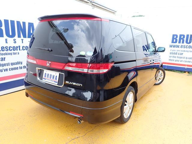 GエアロHDDナビスペシャルパッケージ 4WD 禁煙車 両側パワースライドドア 純正エアロ バックカメラ HDDナビ DVD再生可 ETC キセノン Tチェーン キャプテンシート7人乗り 後期型 実走行22000km ディーラー下取り車(15枚目)