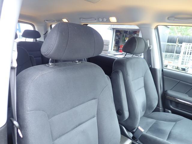 GエアロHDDナビスペシャルパッケージ 4WD 禁煙車 両側パワースライドドア 純正エアロ バックカメラ HDDナビ DVD再生可 ETC キセノン Tチェーン キャプテンシート7人乗り 後期型 実走行22000km ディーラー下取り車(68枚目)
