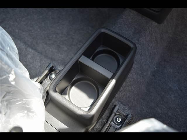 L レーダーブレーキ付 届出済未使用車 自動 届出済未使用車(8枚目)