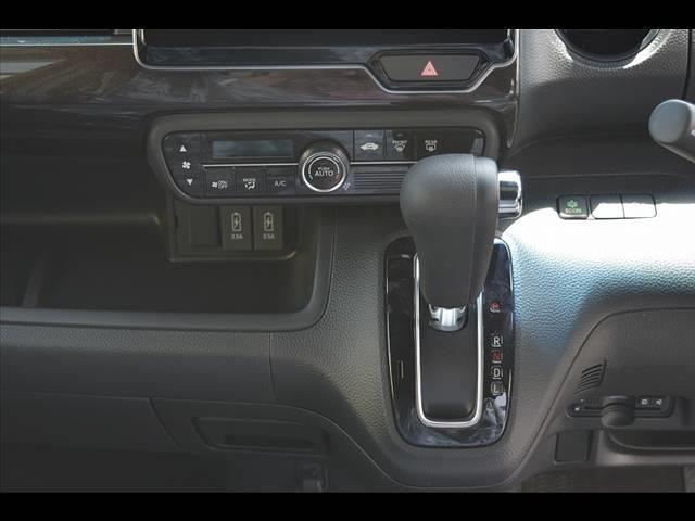 カスタム G・L Honda SENSING 届出済未使用車(6枚目)