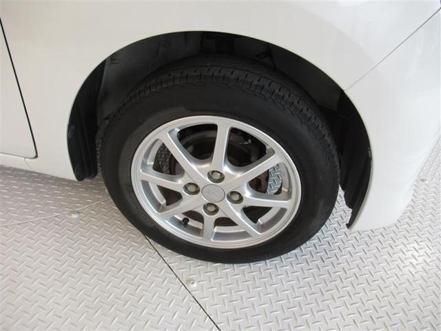 純正アルミホイール付き。タイヤは4本新品交換致します。