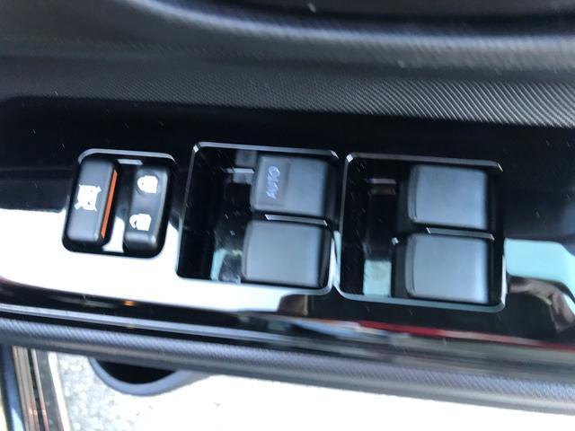 Sスタイルブラック 予防安全装備装着車 当社元試乗車(5枚目)