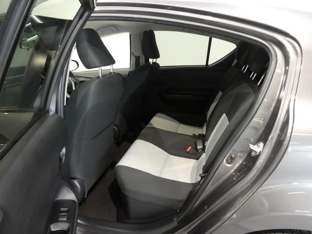 トヨタ アクア S ワンオーナー フルセグSDナビ