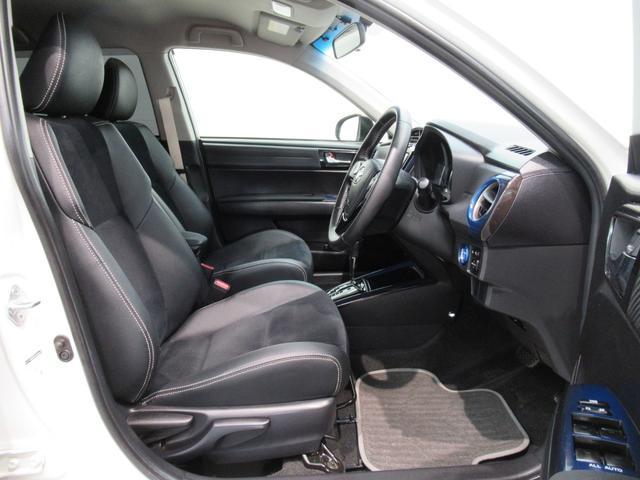トヨタ カローラフィールダー ハイブリッドG エアロツアラー・ダブルバイビー 社外アルミ