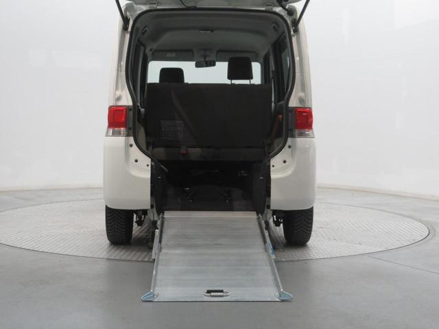L スローパー 車いす用スロープ付 Welcab車(9枚目)