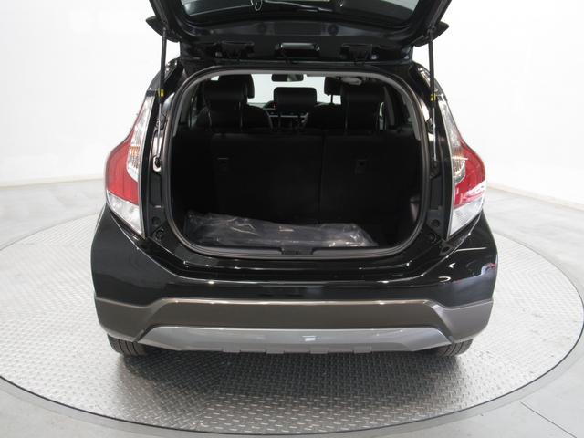 X-アーバン ワンオーナー オーディオレス 新車保証(12枚目)