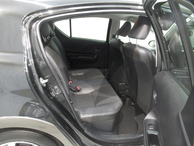 X-アーバン ワンオーナー オーディオレス 新車保証(13枚目)