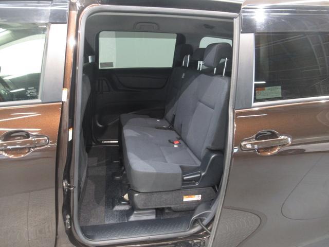 左側セカンドシートです ( 'ー´)ノ この席に座る方はどなたですか? 乗りたくなりませんか? (^O^)/