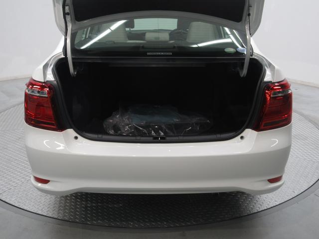 ハイブリッド 検R2年11月 当社社用車 新車保証付(9枚目)
