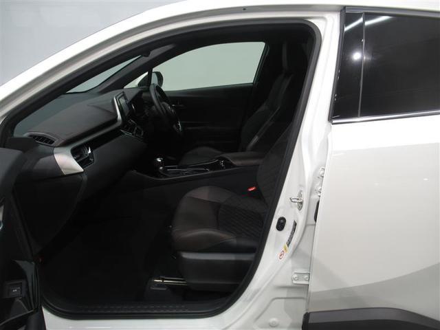 気になる汚れは「まるまるクリーニング」で解消!当社のU−Carはシートを外して隅々までキレイにクリーニングしてあります。