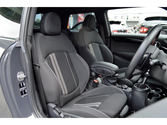 クーパーSD クーパーSD ビルシュタイン車高調 RAYS18インチアルミ LEDヘッド 純正HDDナビ バックカメラ パドルシフト アイドルストップ アクティブクルーズコントロール インテリジェントセーフティ(14枚目)