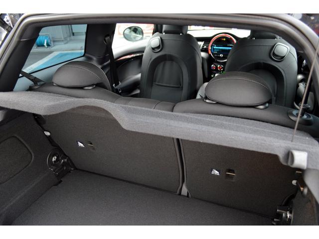 クーパーSD クーパーSD ビルシュタイン車高調 RAYS18インチアルミ LEDヘッド 純正HDDナビ バックカメラ パドルシフト アイドルストップ アクティブクルーズコントロール インテリジェントセーフティ(19枚目)
