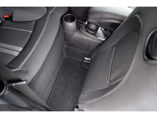 クーパーSD クーパーSD ビルシュタイン車高調 RAYS18インチアルミ LEDヘッド 純正HDDナビ バックカメラ パドルシフト アイドルストップ アクティブクルーズコントロール インテリジェントセーフティ(33枚目)