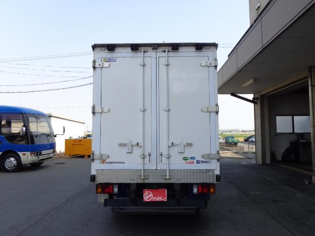 いすゞ エルフトラック 2トン冷蔵冷凍車-30℃スタンバイ