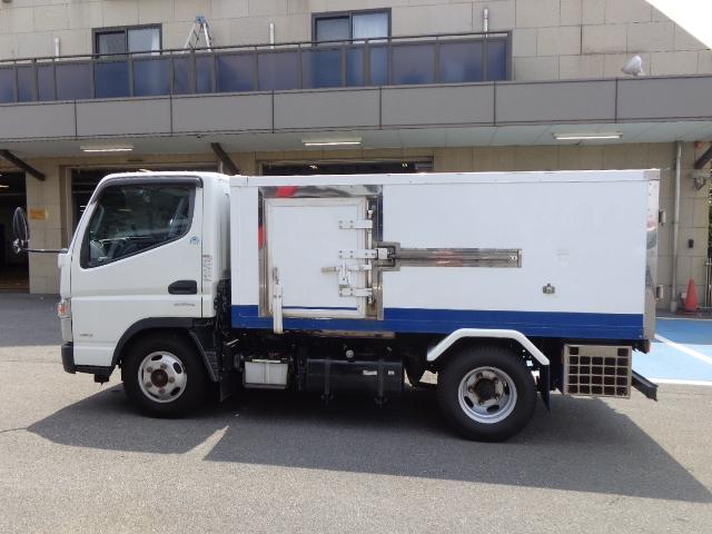 4WD 2t 冷蔵冷凍車 -30度 荷室290X149X89(5枚目)