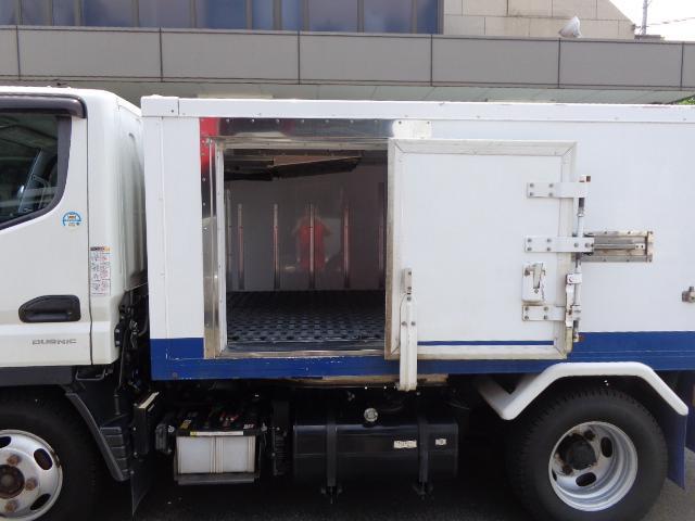 4WD 2t 冷蔵冷凍車 -30度 荷室290X149X89(7枚目)