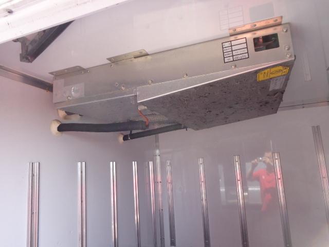 4WD 2t 冷蔵冷凍車 -30度 荷室290X149X89(8枚目)