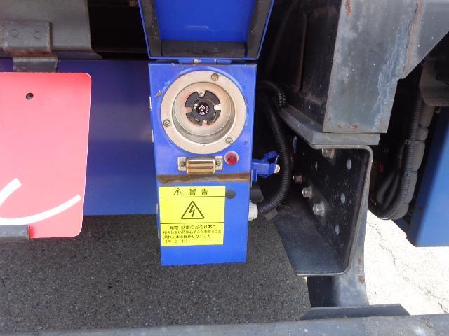 4WD 2t 冷蔵冷凍車 -30度 荷室290X149X89(11枚目)