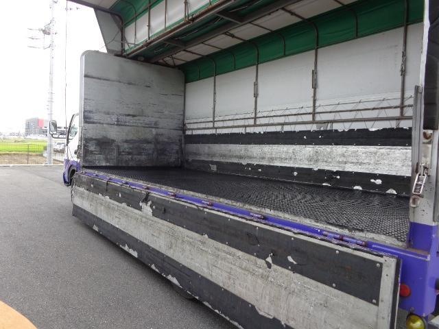 積載3.6トン 幌ウイング(8枚目)