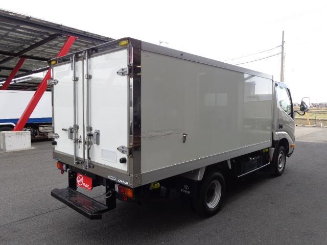 積載1.45トン 冷蔵冷凍車(2枚目)