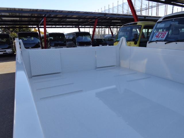 日野 デュトロ 積載3トン 全低床 ローダーダンプ