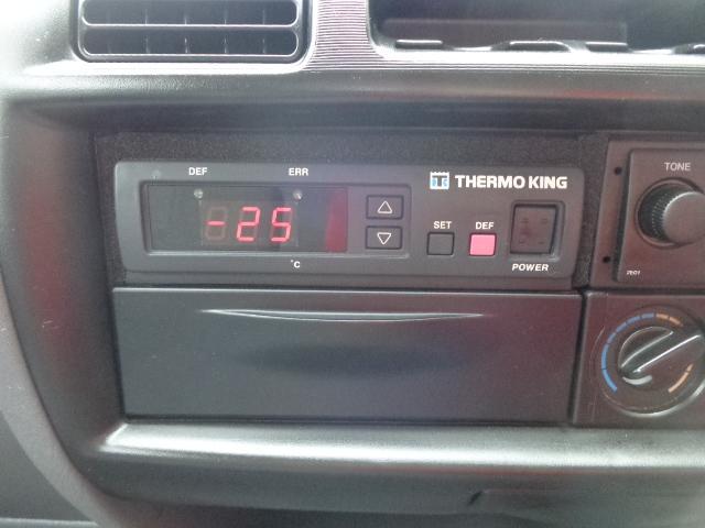 冷蔵冷凍車-25度設定 積載850kg(13枚目)