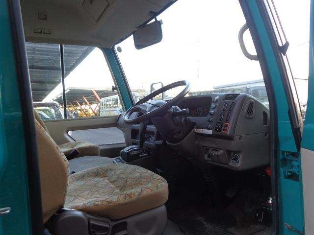 4WD 29人乗り 自動ドア(12枚目)