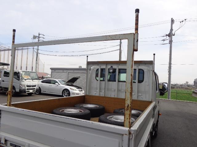 4WD Wキャブ 積載900kg(7枚目)