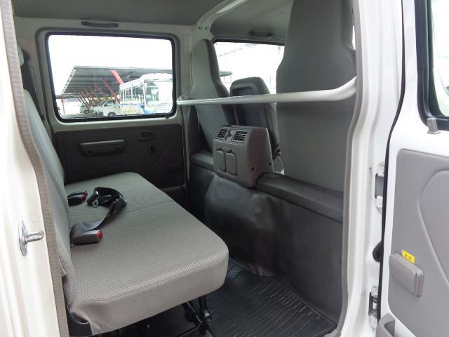 4WD Wキャブ 積載900kg(14枚目)