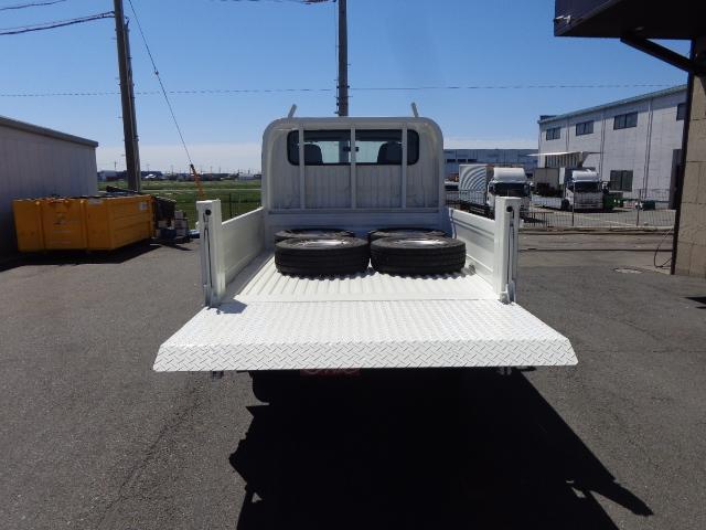 4WD Wキャブ 850kg 垂直パワーゲート(8枚目)