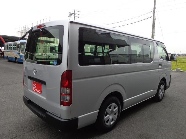 DX 3/9人乗り トヨタセーフティセンス(2枚目)