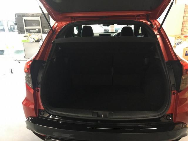 「ホンダ」「ヴェゼル」「SUV・クロカン」「沖縄県」の中古車14