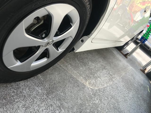 「トヨタ」「プリウス」「セダン」「沖縄県」の中古車13